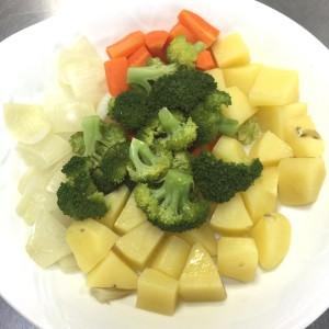 カット野菜で温野菜を作りま